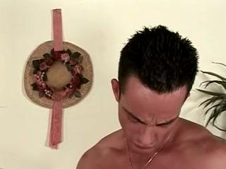 Порно видео онлайн инцест с молодой блондинкой